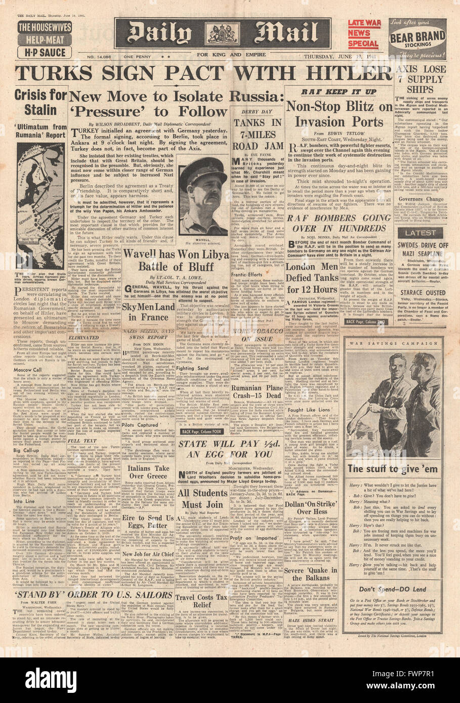 1941 front page  Daily Mail Turkey signs pact with Germany and Battle for Syria - Stock Image