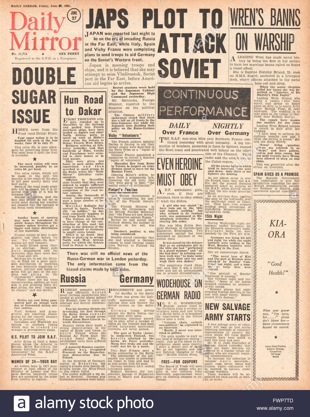 1941 front page  Daily Mirror Japanese plot to attack Russia Stock Photo