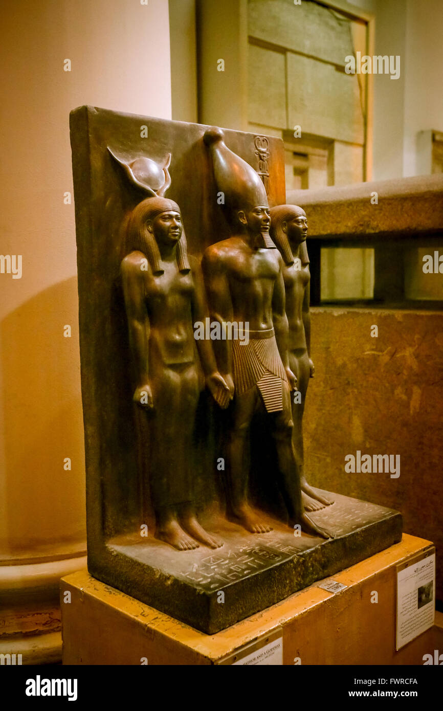 Triad of Menkaura - between the goddess Hathor and Waset (4th Nome of Upper Egypt), 26th century BC, Museum of Egyptian - Stock Image
