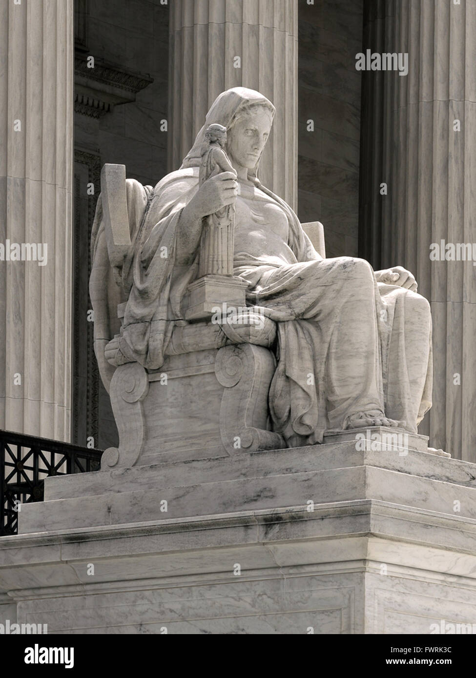 Statue of the Contemplation Of Justice by artist James Earle Fraser on the Supreme Court Building main steps in - Stock Image