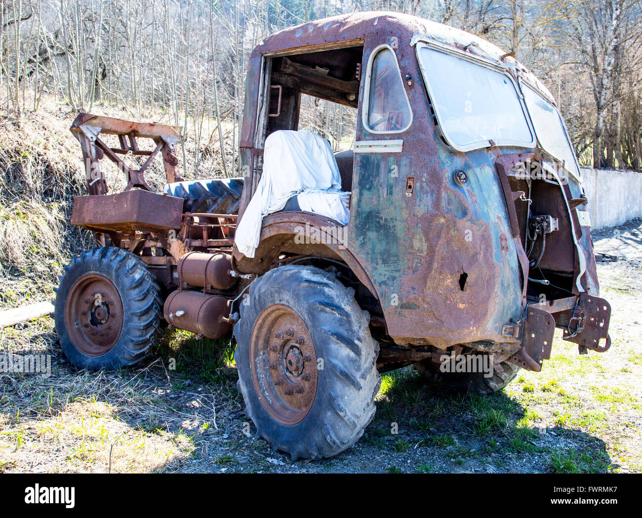 Ancient Rusty Lorry France Stock Photo - Alamy