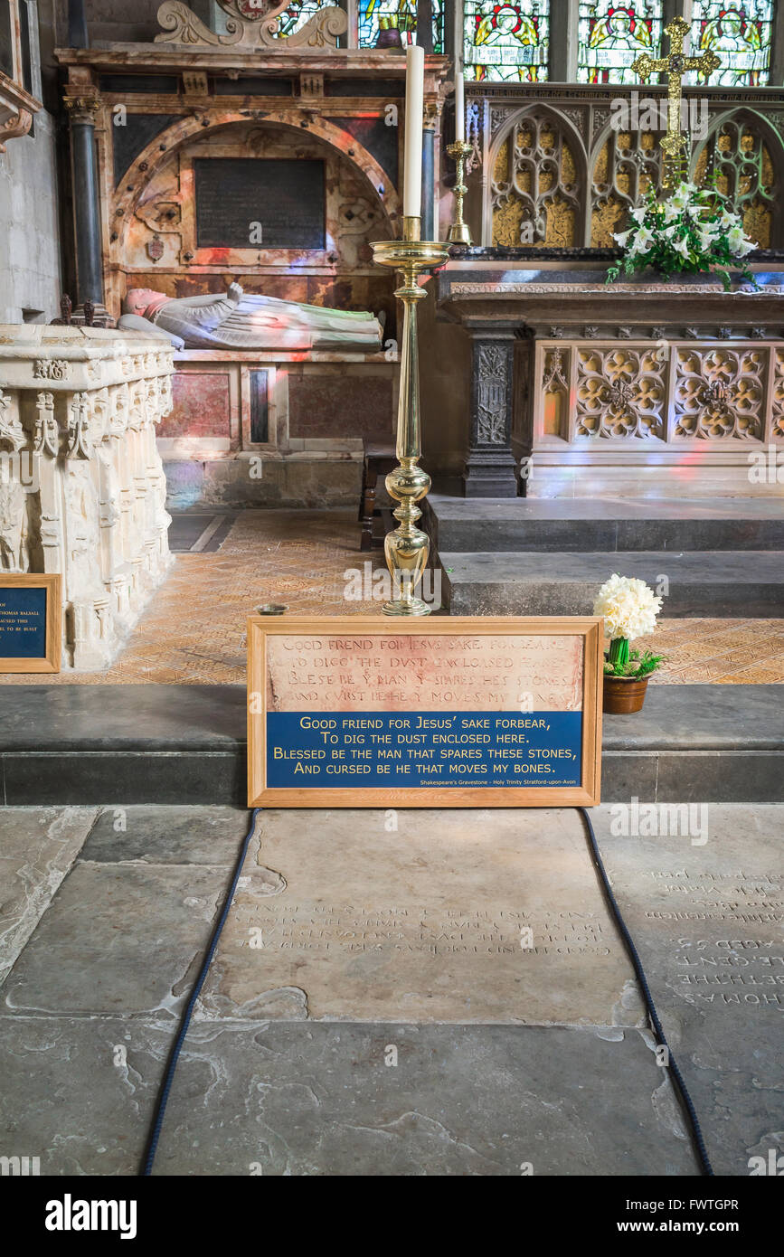 William Shakespeare grave, Shakespeare's burial place in Holy Trinity Church, Stratford Upon Avon, Warwickshire, - Stock Image