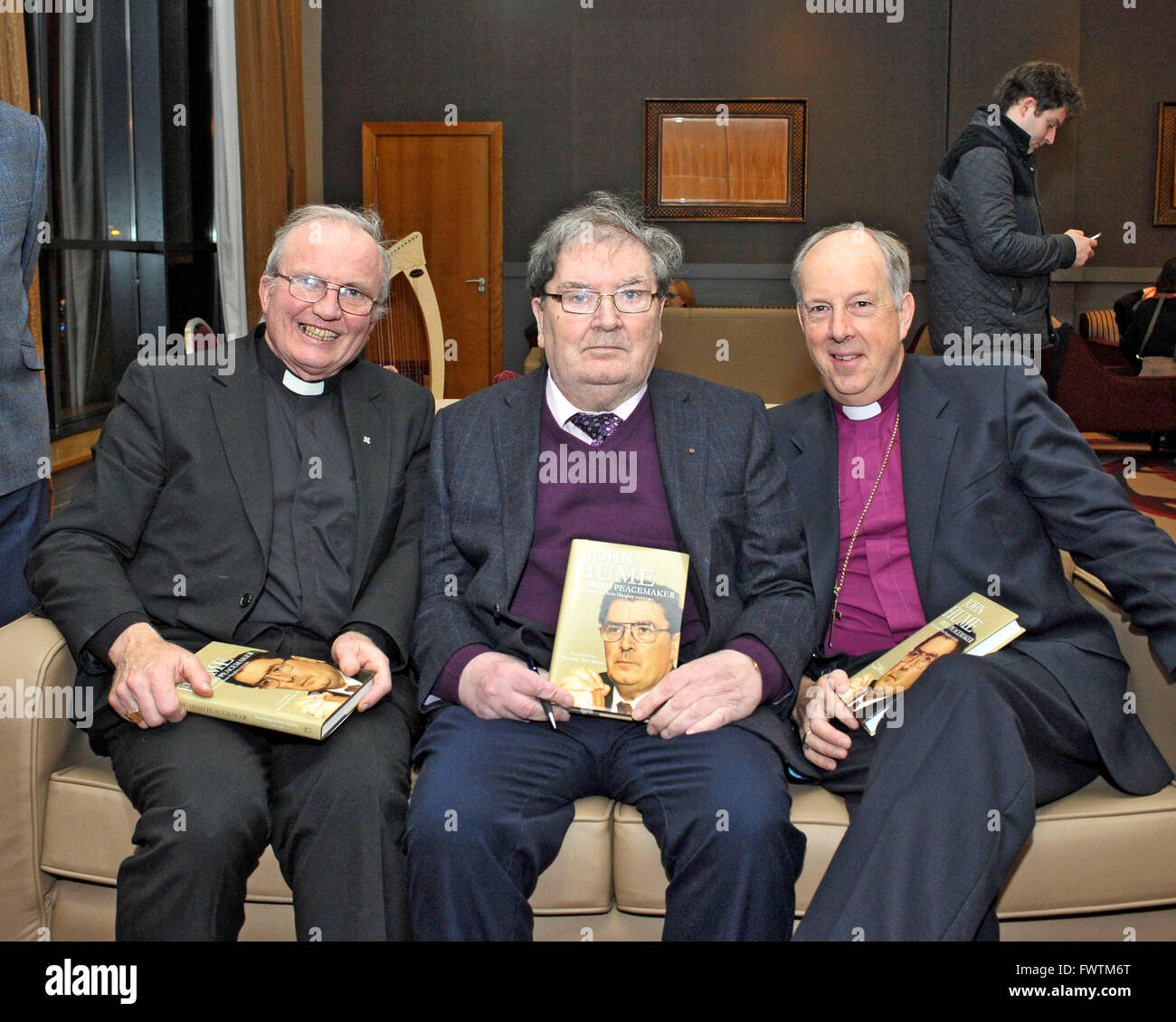 Catholic Bishop of Derry Donal McKeown (left), John Hume, and Church of Ireland Bishop of Derry Ken Good at launch - Stock Image