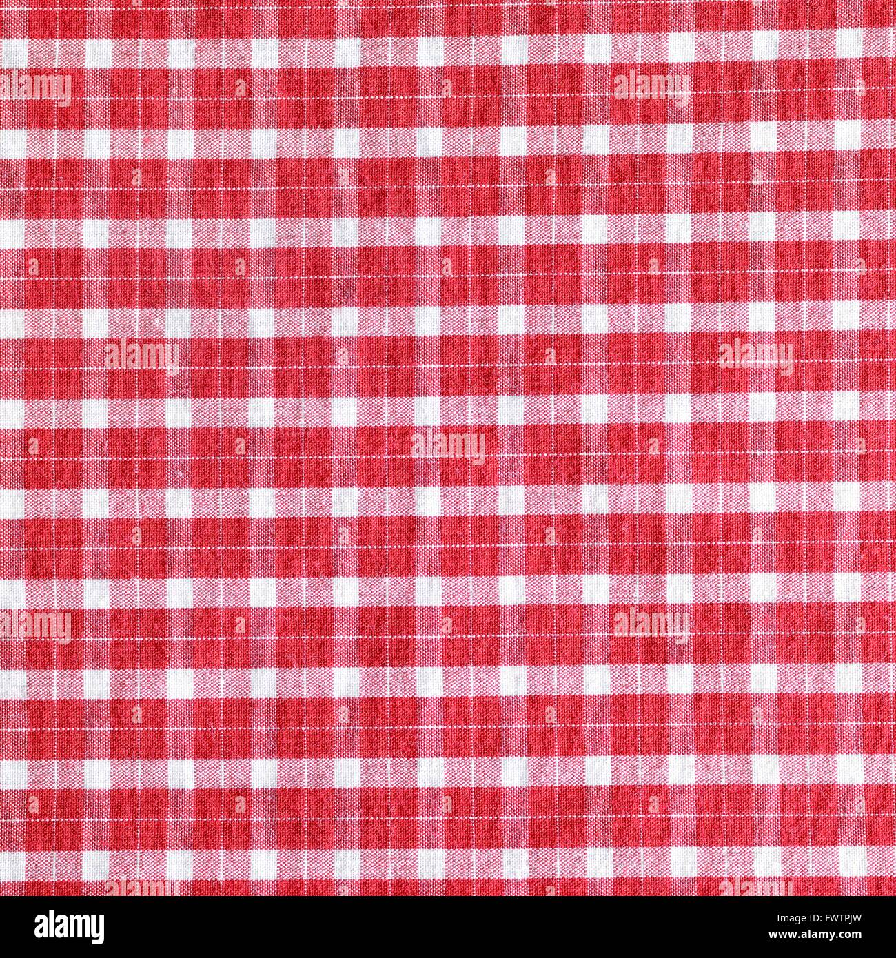 Red and white gingham tablecloth pattern - Stock Image