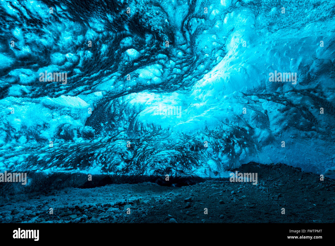 Ice Cave at Vatnajokull Glacier Jokulsarlon Iceland - Stock Image