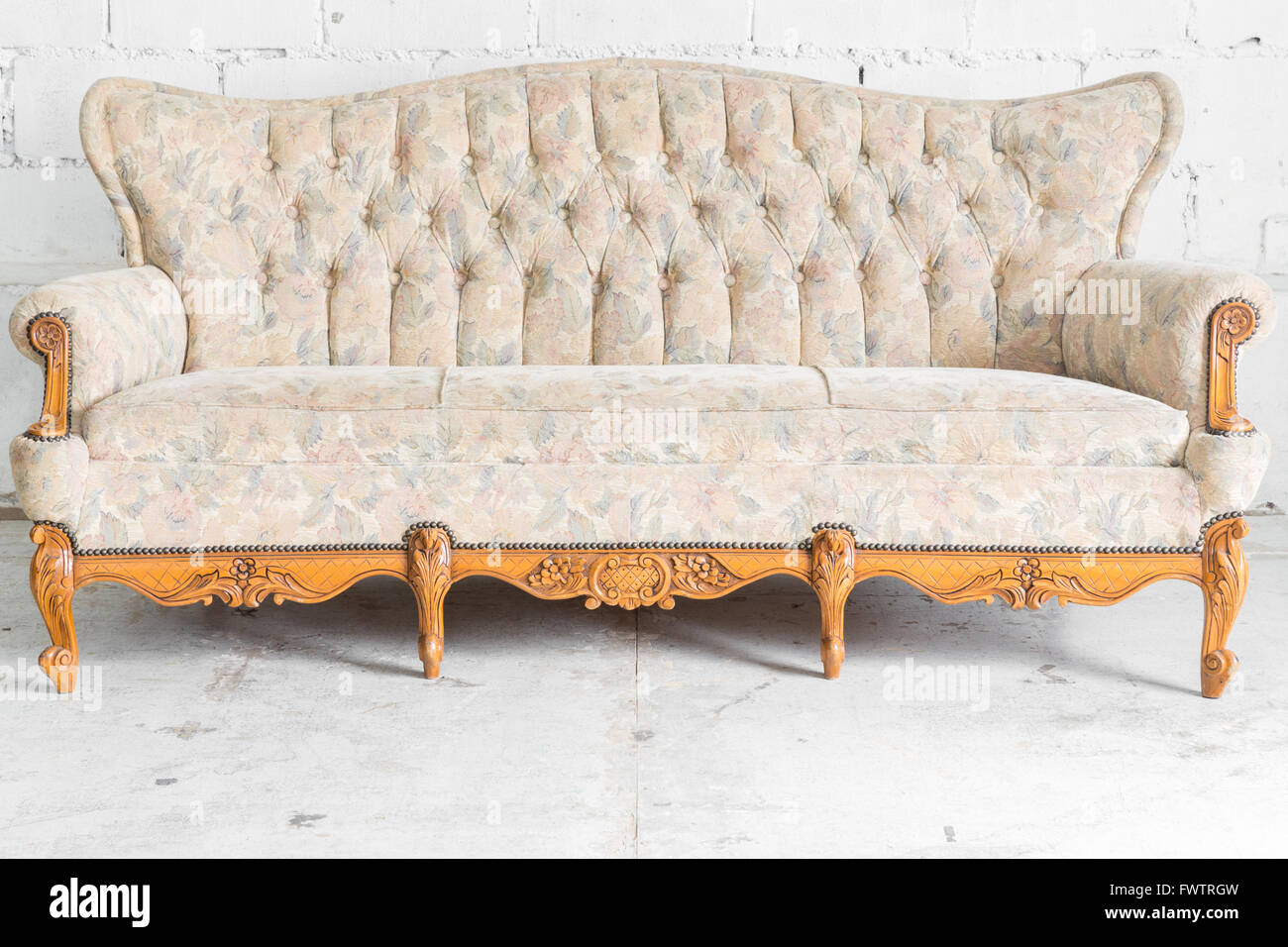 White vintage couch Modern Classic White Vintage Classical Style Sofa Bed Alamy White Vintage Classical Style Sofa Bed Stock Photo 101963593 Alamy