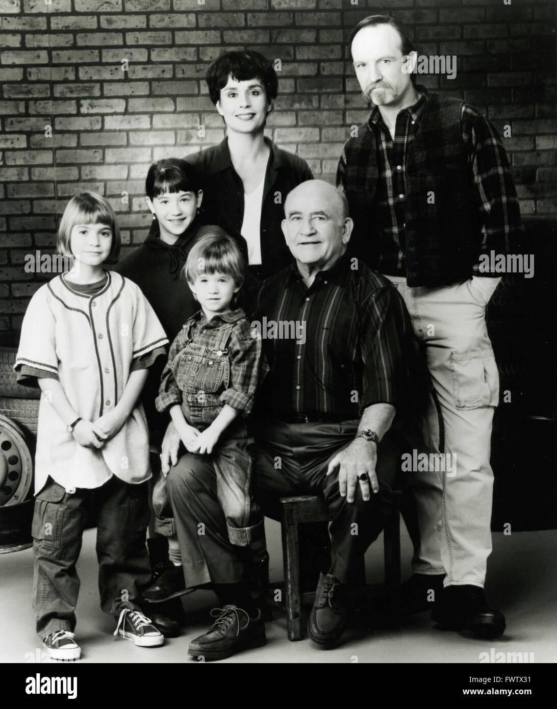 The cast of the TV series Thundey Alley, USA 1994 - Stock Image