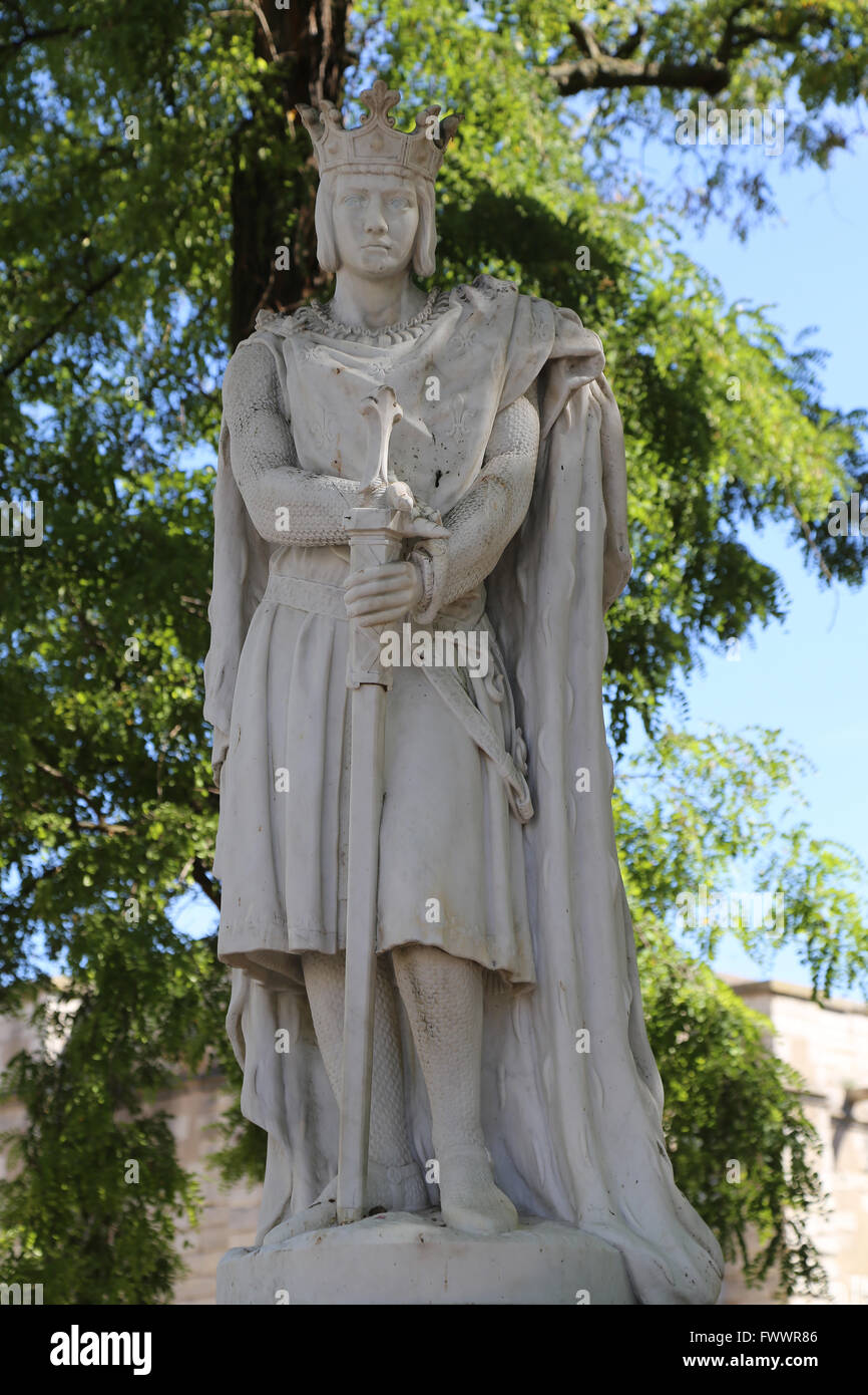 Statue of Saint Louis or Louis IX (1214-1270). King of France.  Vincennes. France. By sculptor A. Mony, 1906. - Stock Image