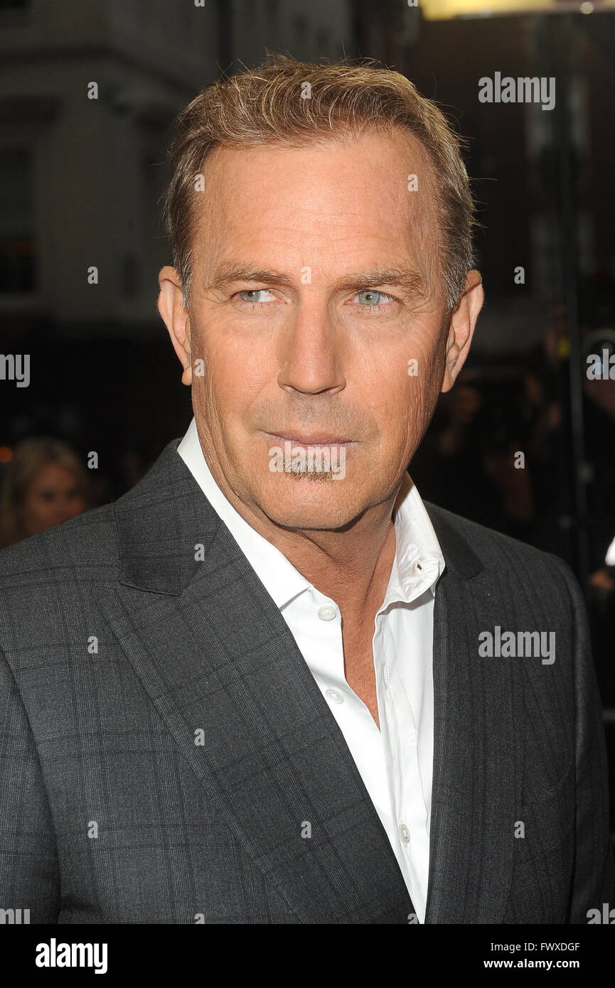 American actor, producer and director Costner Kevin 3