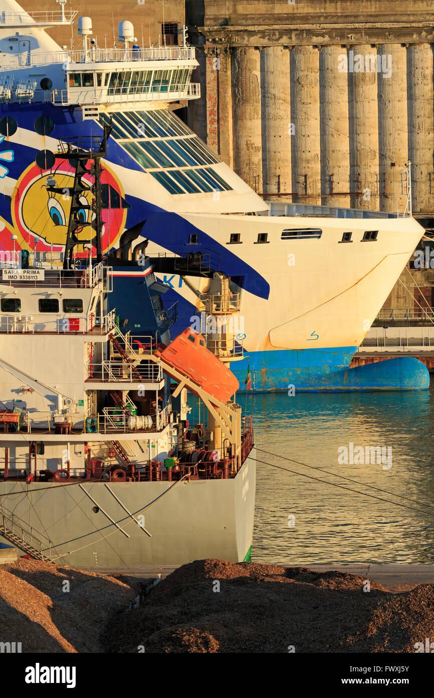 Ships, Livorno Port, Tuscany, Italy, Europe - Stock Image