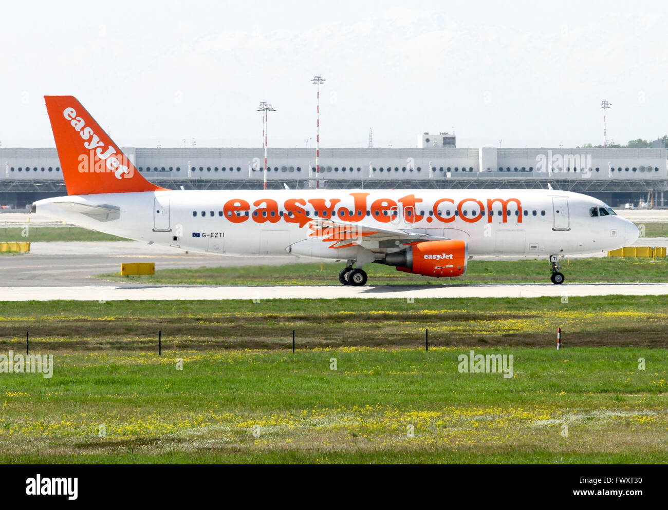 EasyJet, Airbus A320-214 at Linate airport, Milan, Italy Stock Photo