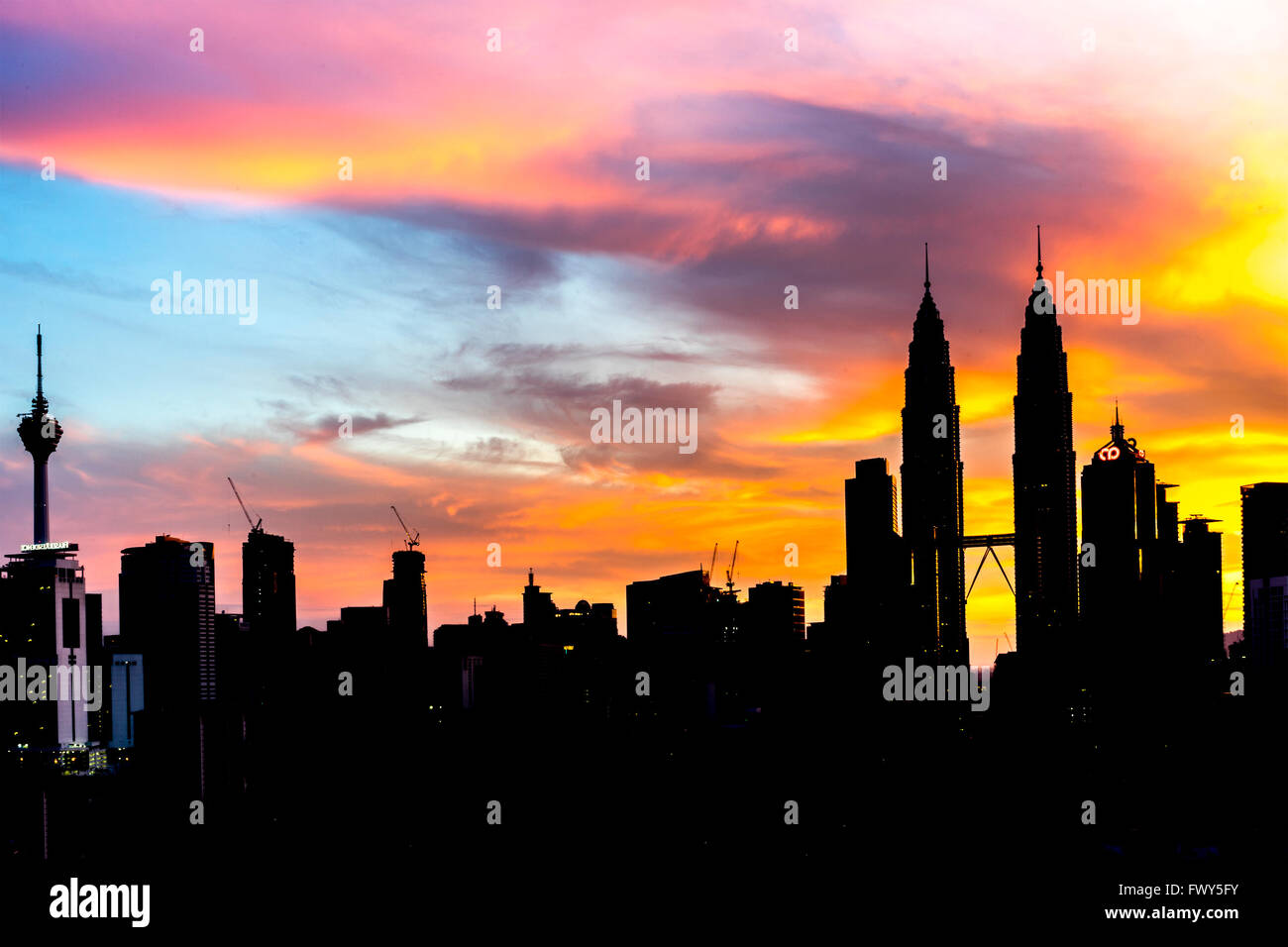 Klcc Roof Stock Photos Klcc Roof Stock Images Alamy
