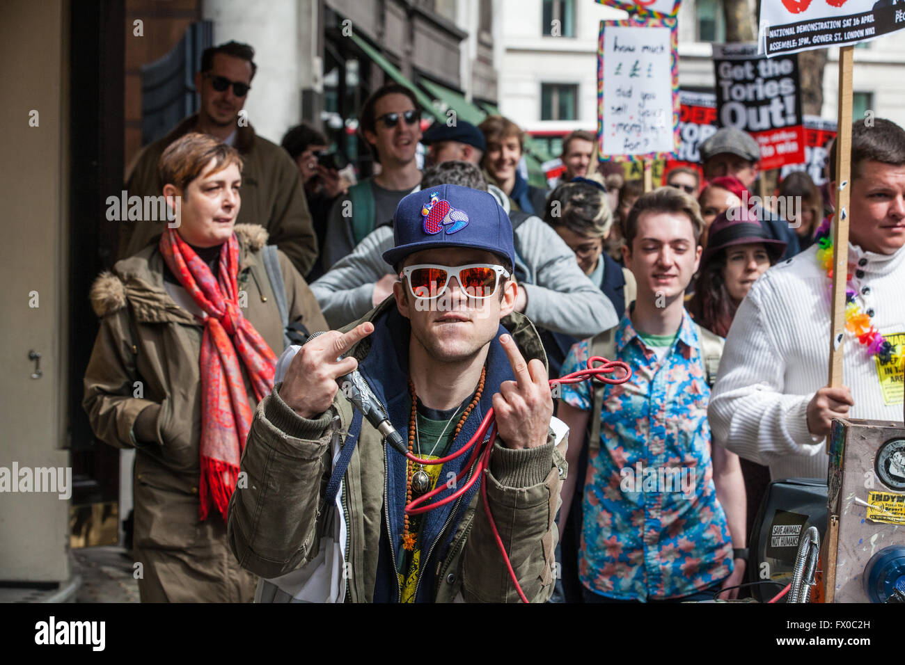 London, UK. 9th April, 2016. Protesters call on David Cameron to 'close tax loopholes or resign' following the revelations - Stock Image
