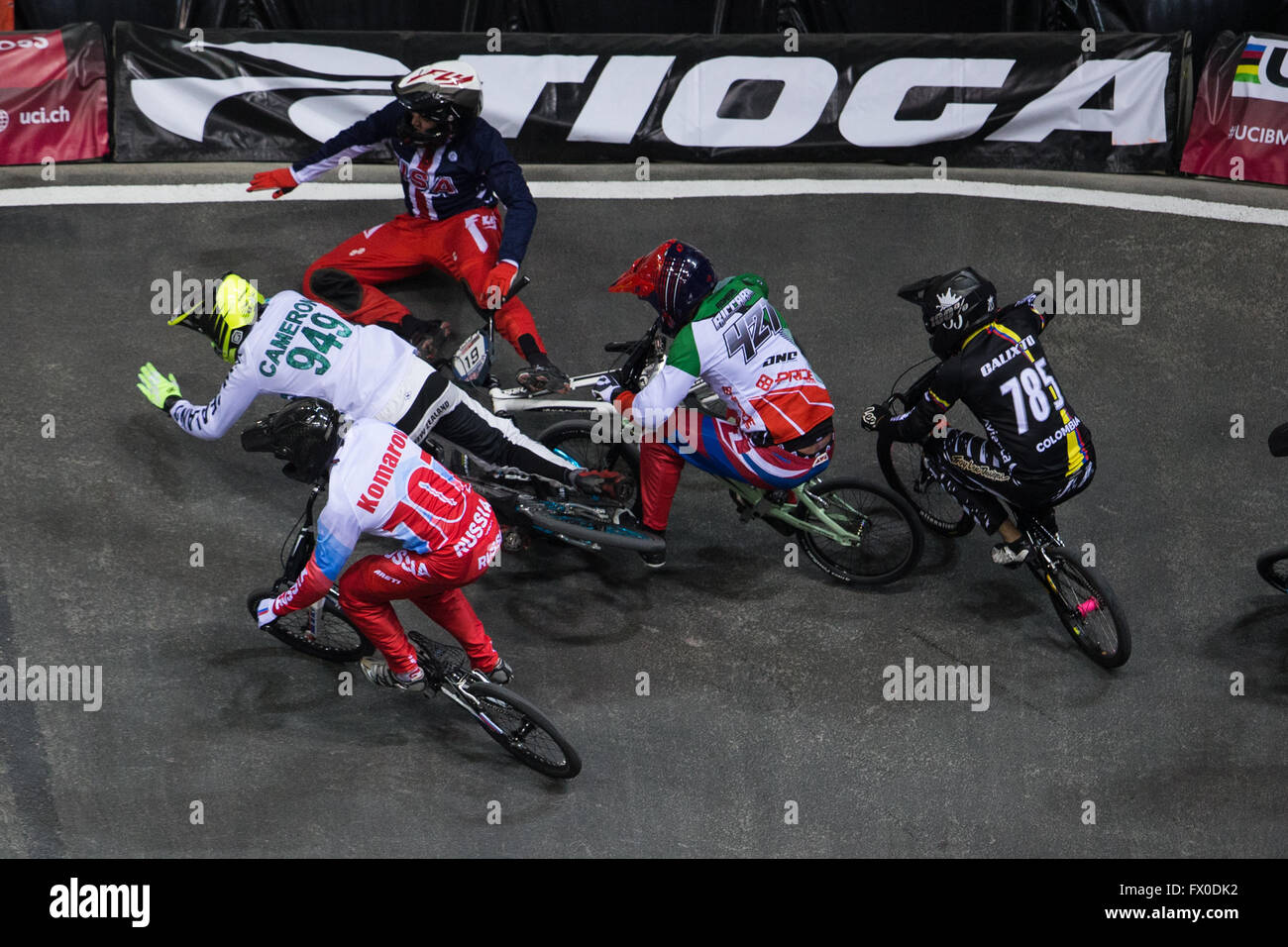 National Cycling Centre, Manchester, UK. 09th Apr, 2016. UCI BMX Supercross World Cup day 1. Justin Posey and Mathew - Stock Image
