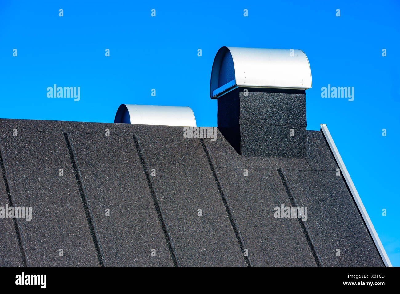 Felt Roofing Stock Photos & Felt Roofing Stock Images - Alamy
