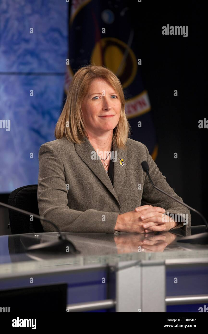 Kathy Winters, launch weather officer of the U.S. Air Force 45th Weather Squadron, during a prelaunch press conference - Stock Image