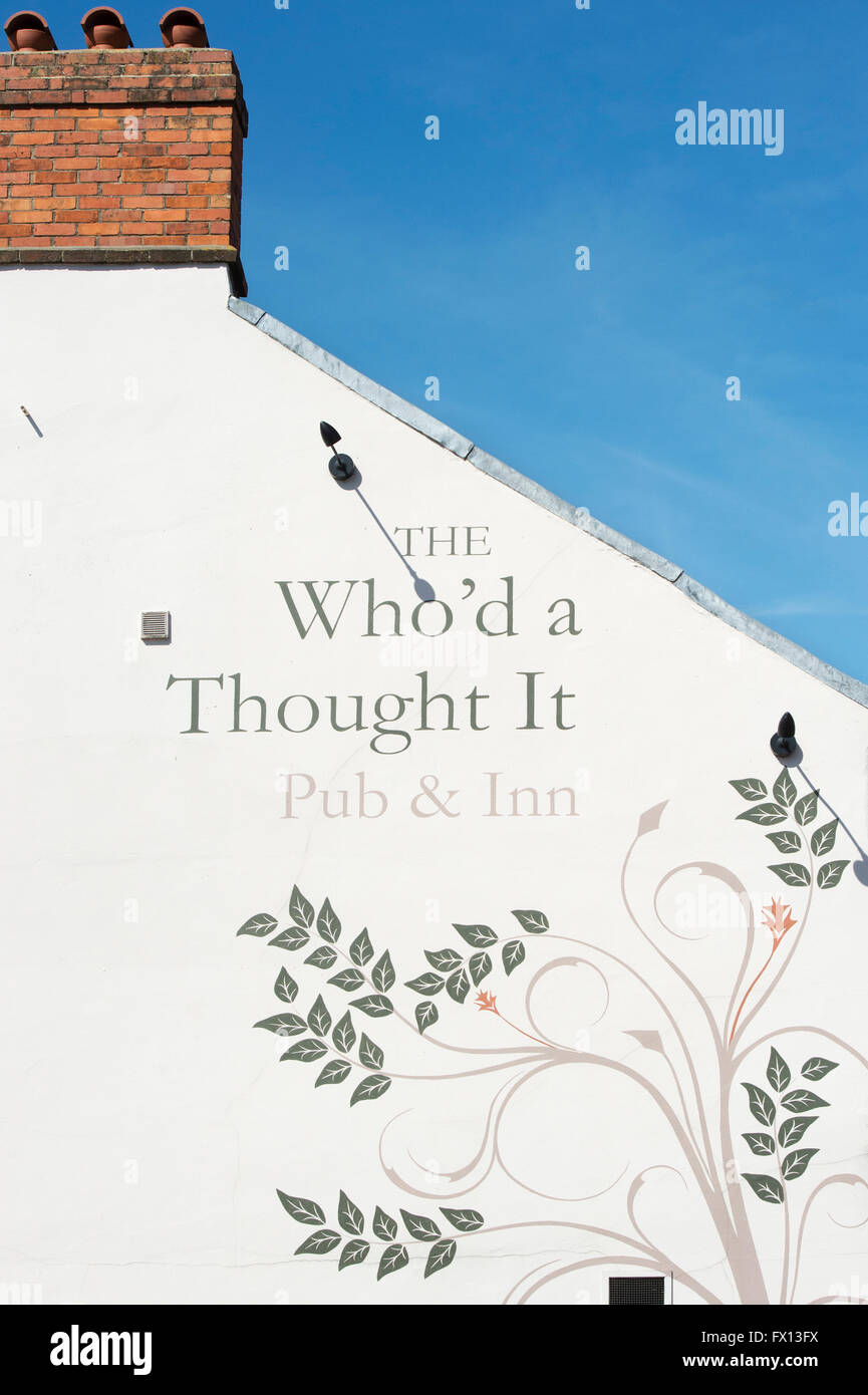 The Who'd a Thought It Inn sign. Glastonbury, Somerset, England - Stock Image