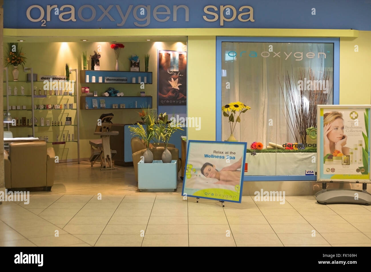 Oxygen spa in airport - Stock Image