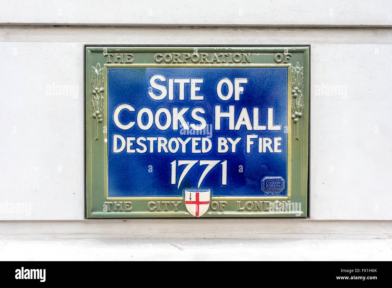 Blue plaque showing site of Cooks Hall, City of London, UK - Stock Image
