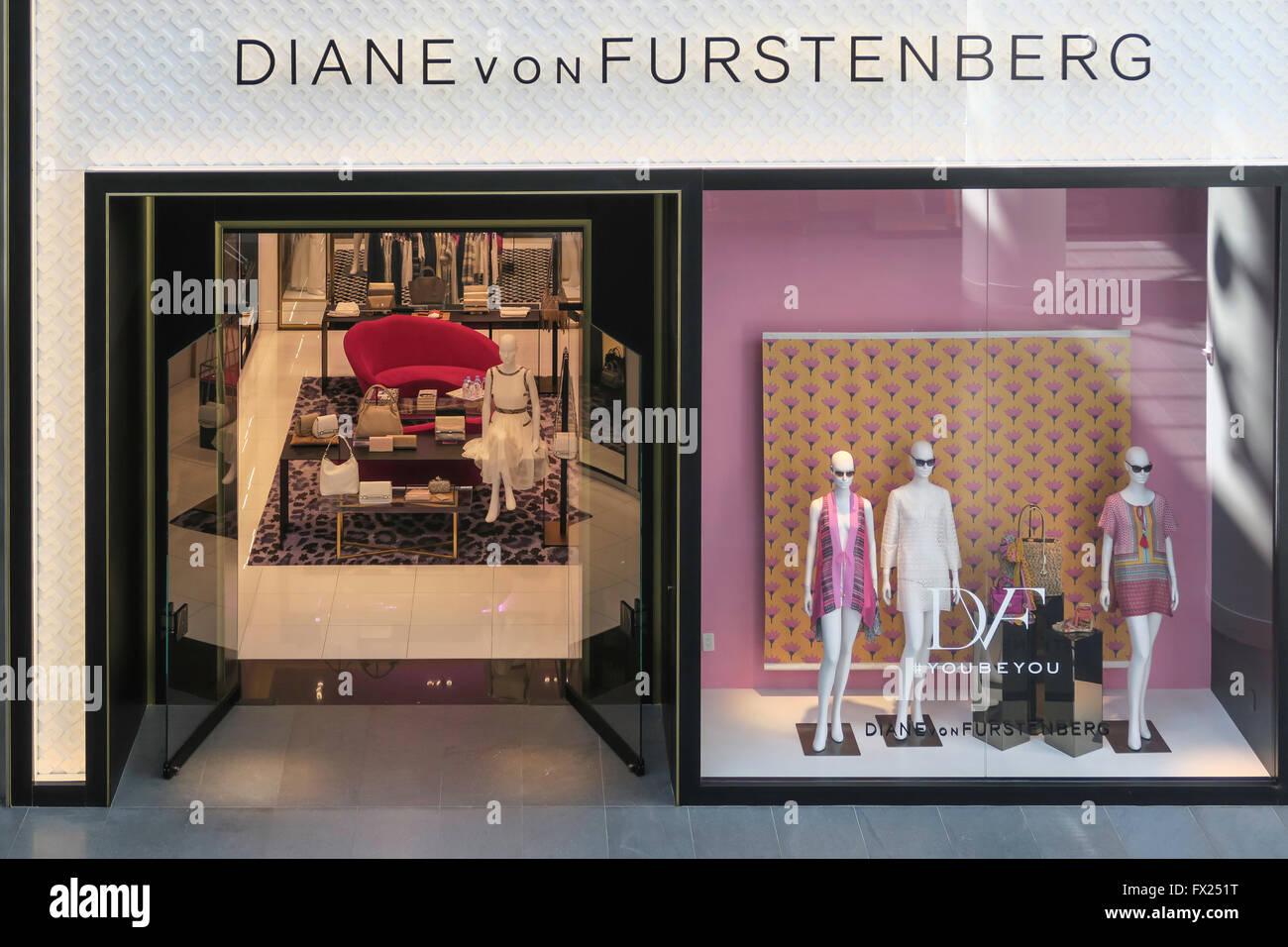 Diane von furstenberg stock photos diane von furstenberg for West brookfield elementary school craft fair