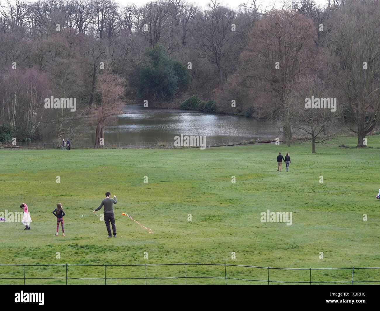 park, parks, Kenwood House, Hampstead, West Hampstead, Park, parks, family, people - Stock Image