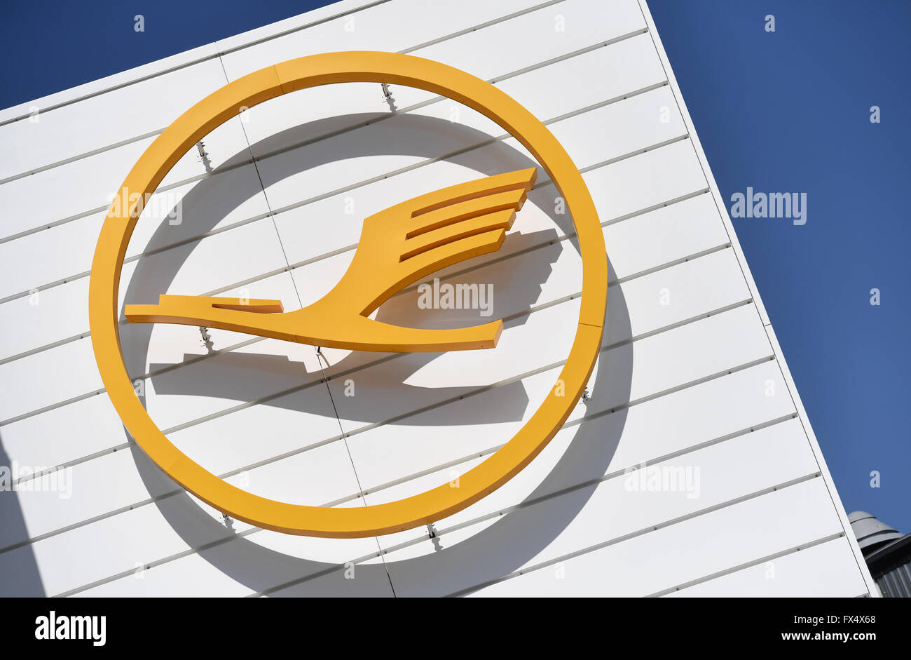 Munich, Germany. 04th Apr, 2016. The logo of German air carrier Lufthansa pictured on a building of the airport in Munich, Germany, 04 April 2016. Photo: ANDREAS GEBERT/dpa/Alamy Live News Stock Photo