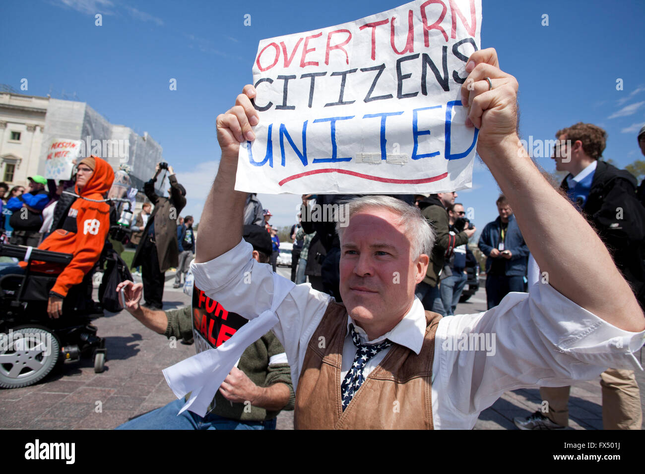Washington, DC, USA. 11th April, 2016. Thousands of Democracy Spring activists from across the country protest and march to the Capitol building.  The protesters demanded fairer elections, politics free from corporate influence, the expansion and protection of voting rights, and the assurance of equal voice in government by all Americans. Credit:  B Christopher/Alamy Live News Stock Photo