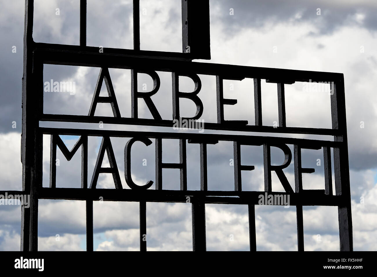 Arbeit Macht Frei gate at sachsenhausen concentration camp - Stock Image
