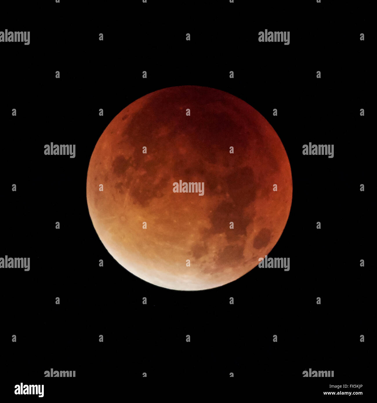 Super Blood Moon 2015 isolated by a black background - Stock Image