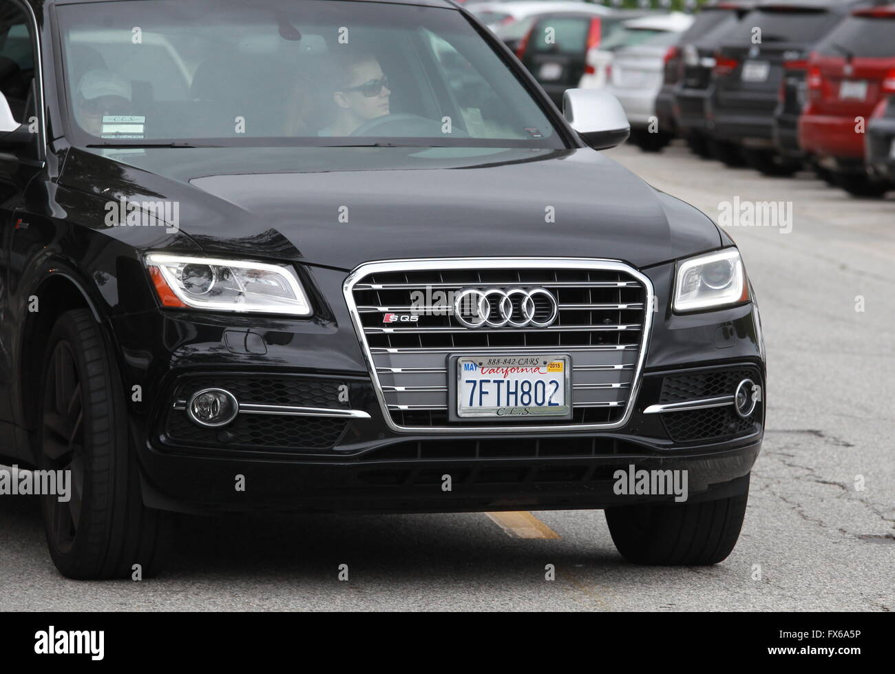 Amy Adams Spotted Out Shopping In Beverly Hills Stock Photos Amy - Audi beverly hills