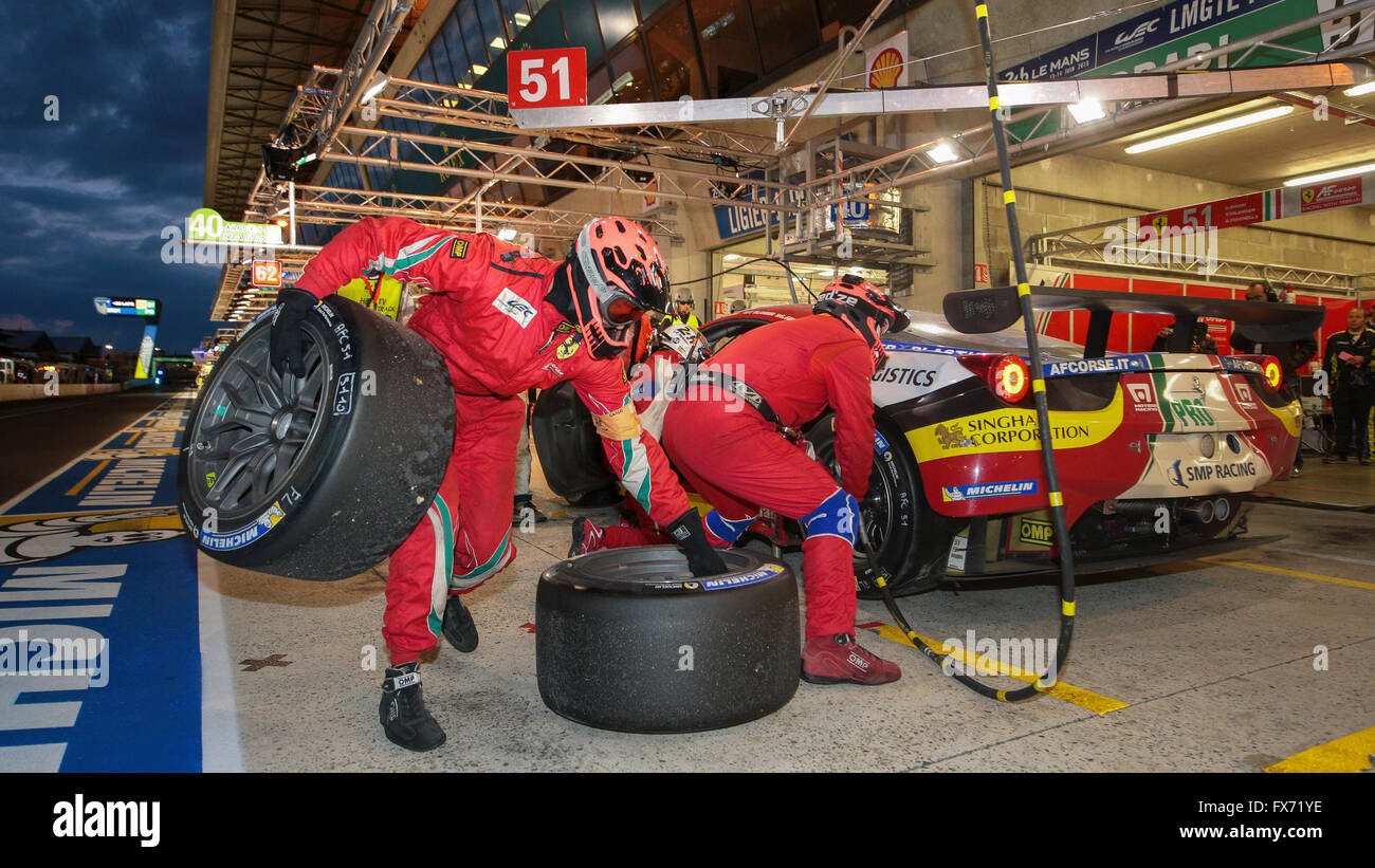 Pit stop of the Ferrari 458 Italia by AF Corse, ITA, with the drivers Giammaria Bruni, ITA, Toni Vilander, FIN - Stock Image