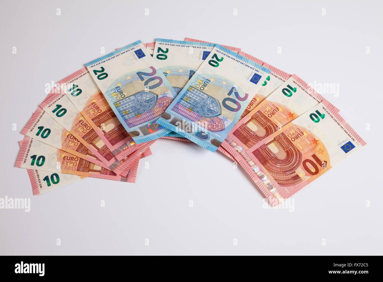 Fan of bank notes, twenty Euros, release date 25/11/2015, ten Euros, release date 23/09/2014 - Stock Image