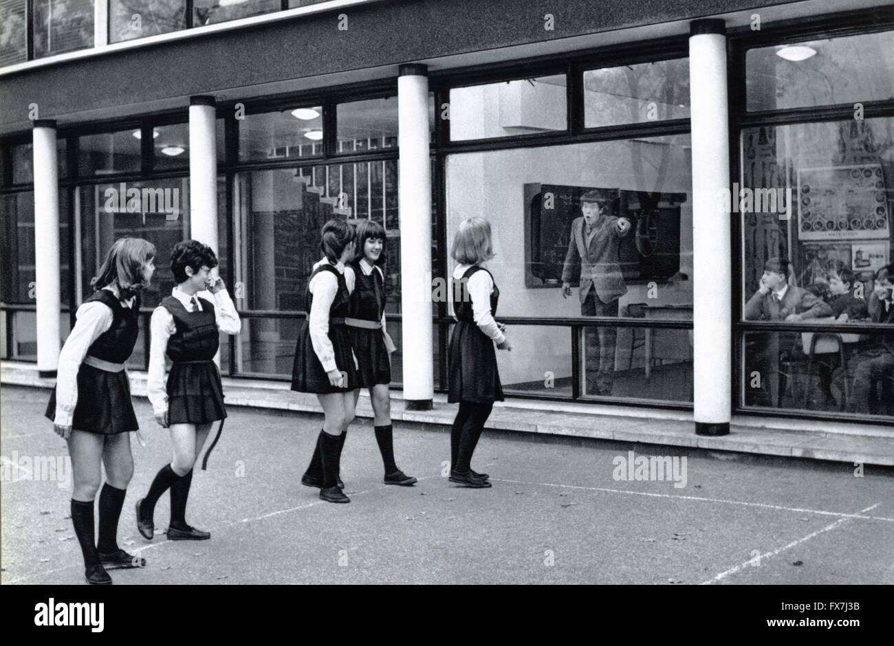 1965 uk director stock photos 1965 uk director stock images alamy