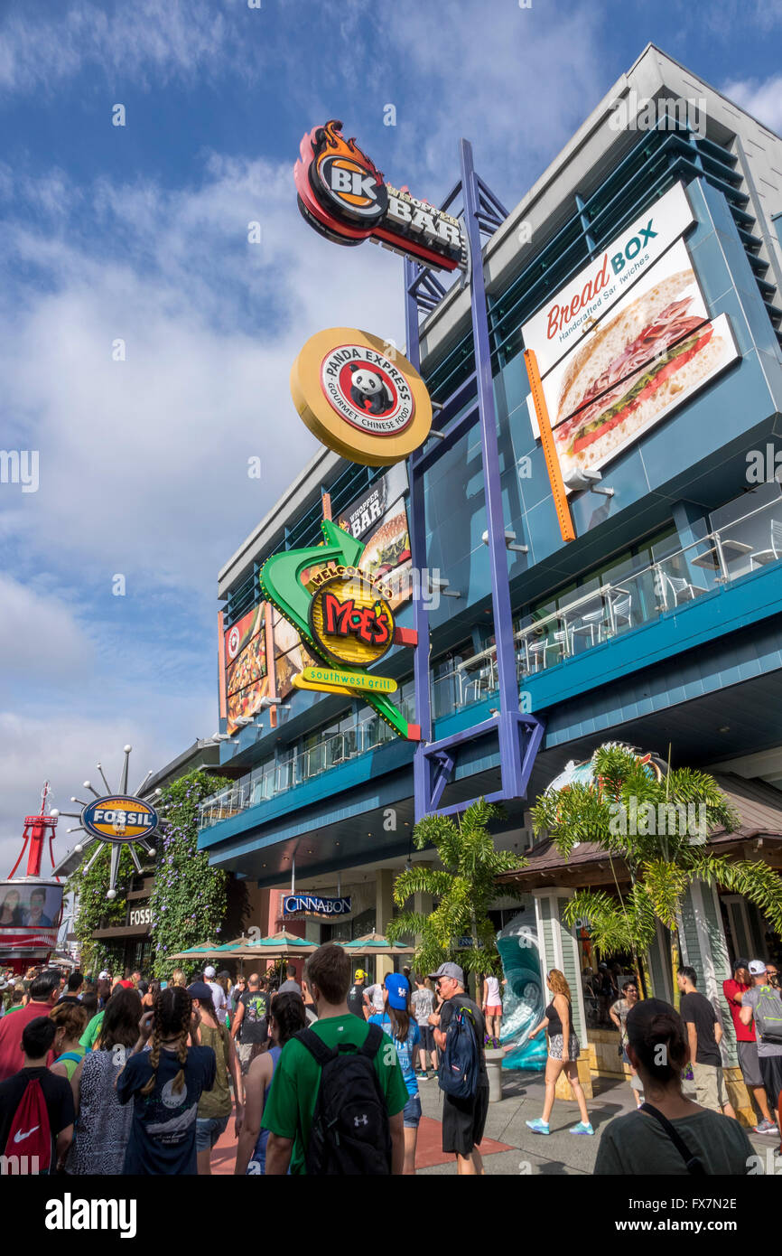 People At City Walk The Retail Shops And Restaurants At