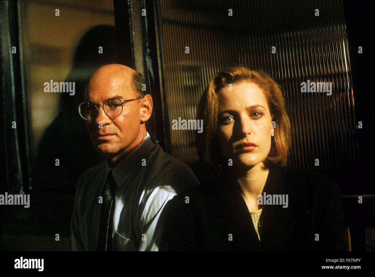 The X Files TV Series 1993 - 2002 USA 1996 Season 4 Created by Chris Carter Mitch Pileggi, , Gillian Anderson - Stock Image