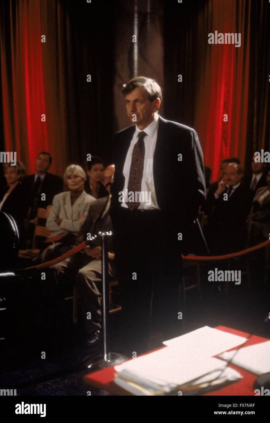 The X Files TV Series 1993 - 2002 USA 1996 Season 4 Created by Chris Carter William B. Davis - Stock Image