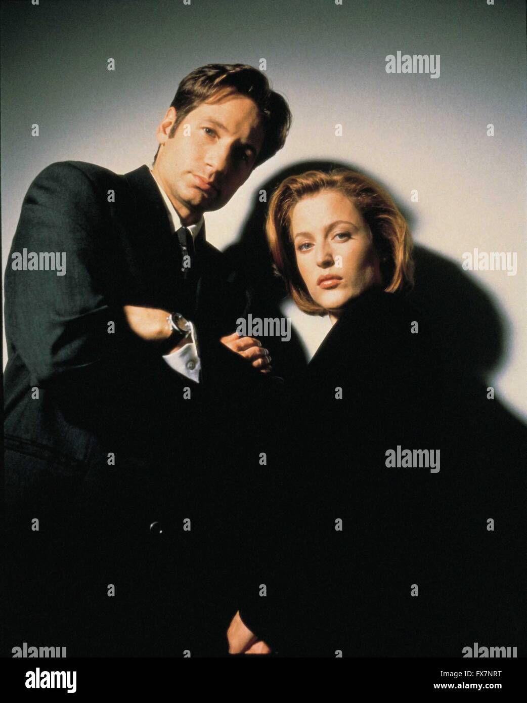 The X Files TV Series 1993 - 2002 USA 1997 Season 5 Created by Chris Carter David Duchovny , Gillian Anderson - Stock Image