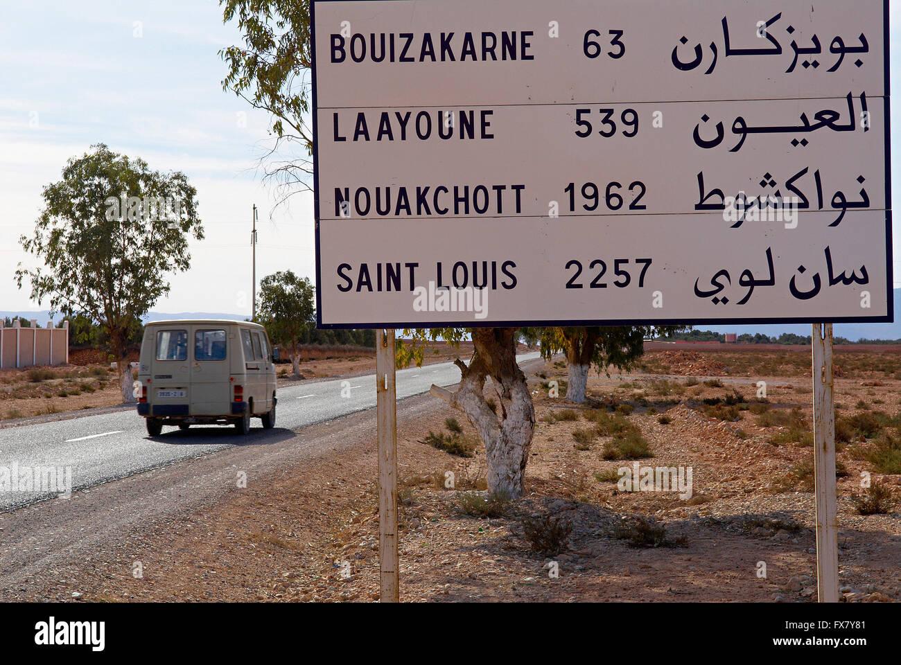 Morocco, Road to Laayoune, Former Spanish Sahara. - Stock Image