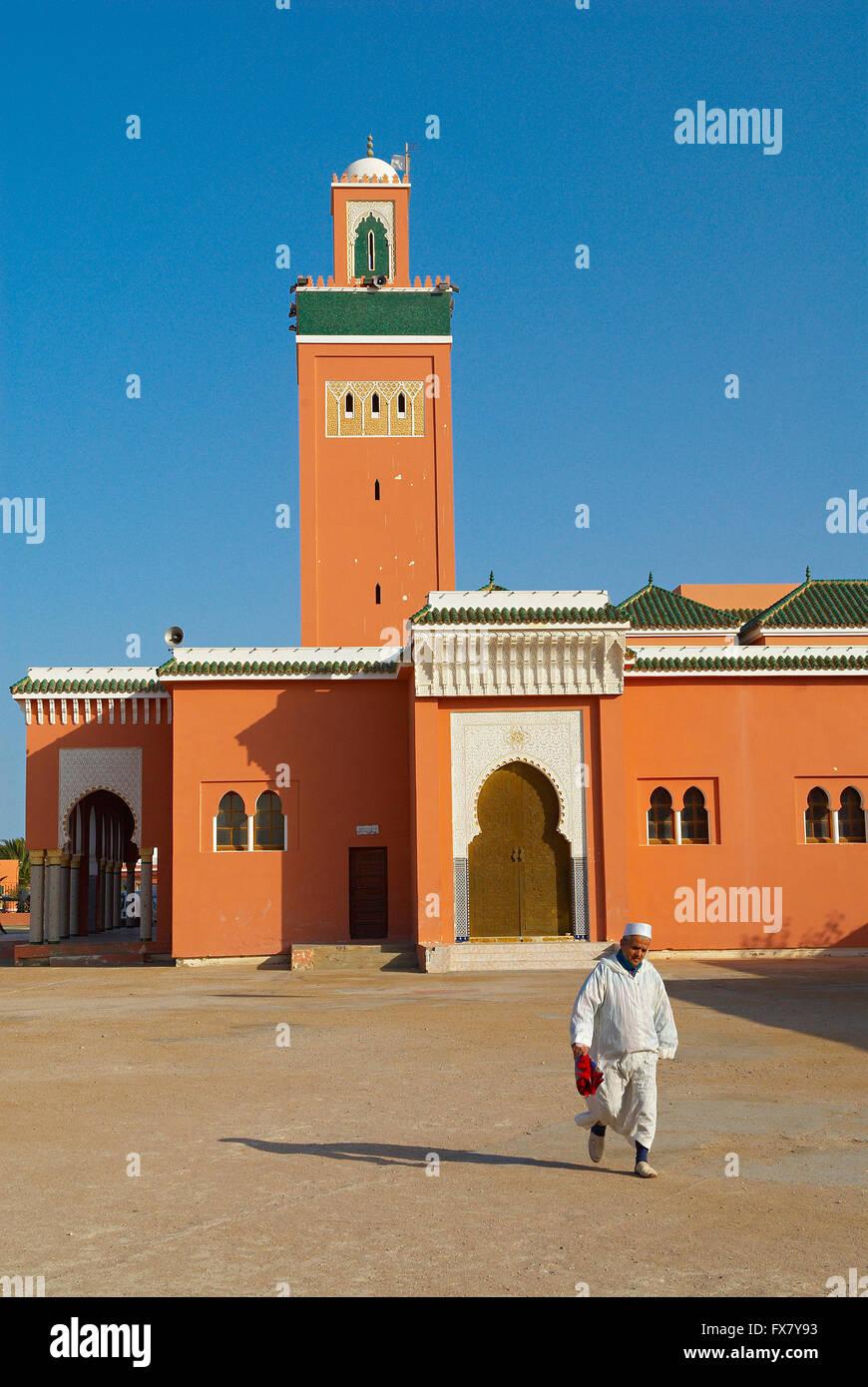 Maroc. Grand Sud. Laayoune. Grande mosquee. Ancien Sahara espagnol. // Morocco. South Morocco. Laayoune. Mosque. - Stock Image