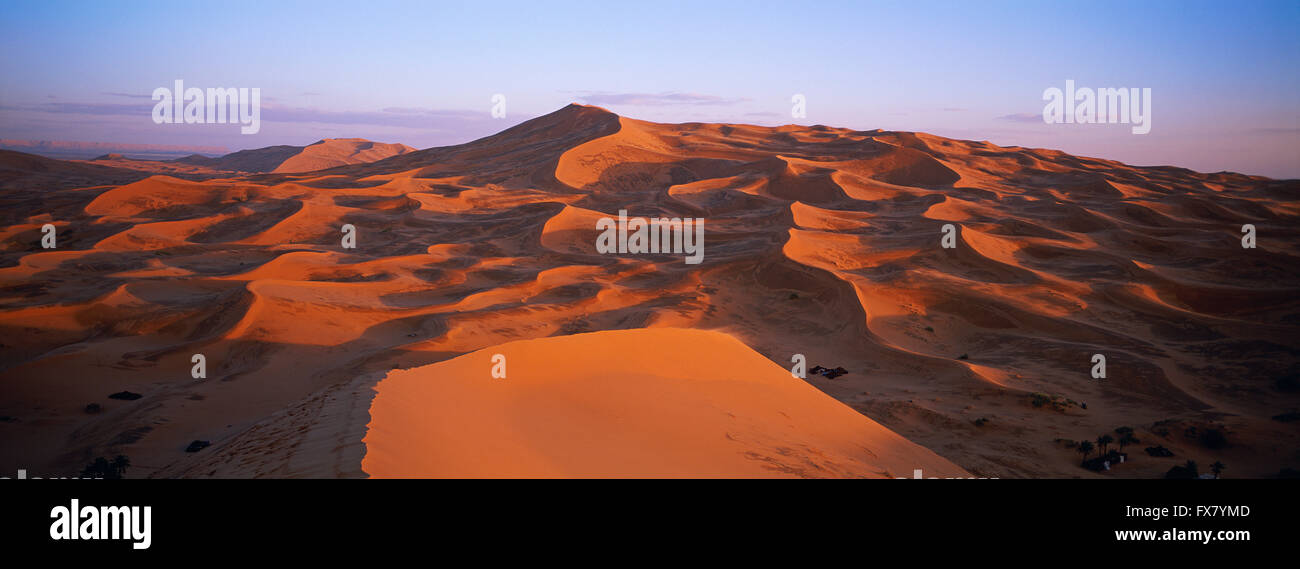 Morocco, Tafilalt, Merzouga and Erg Chebbi desert - Stock Image