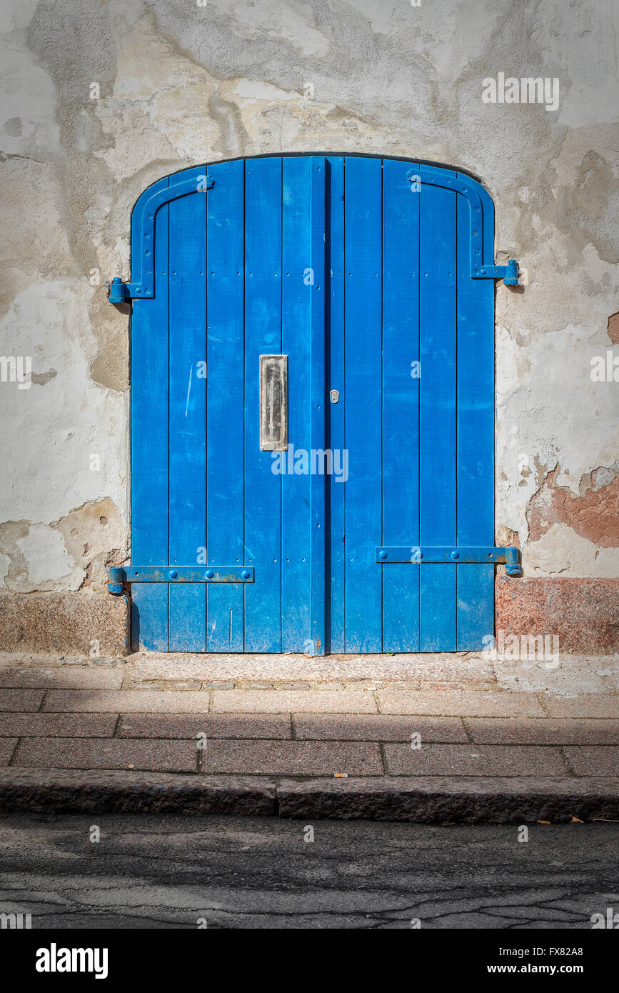 A small doorway to a building in the Danish town of Helsingor. - Stock Image