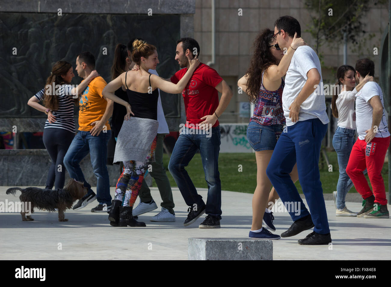Public live performance of street dancers, meeting once a week in Alexander the Great square of Thessaloniki's - Stock Image
