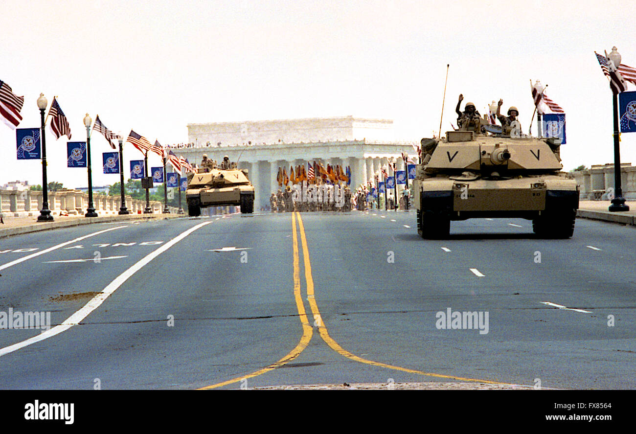 Washington, DC., USA, 8th June, 1991 A flag-waving crowd of 200,000 people cheered veterans of Operation Desert - Stock Image