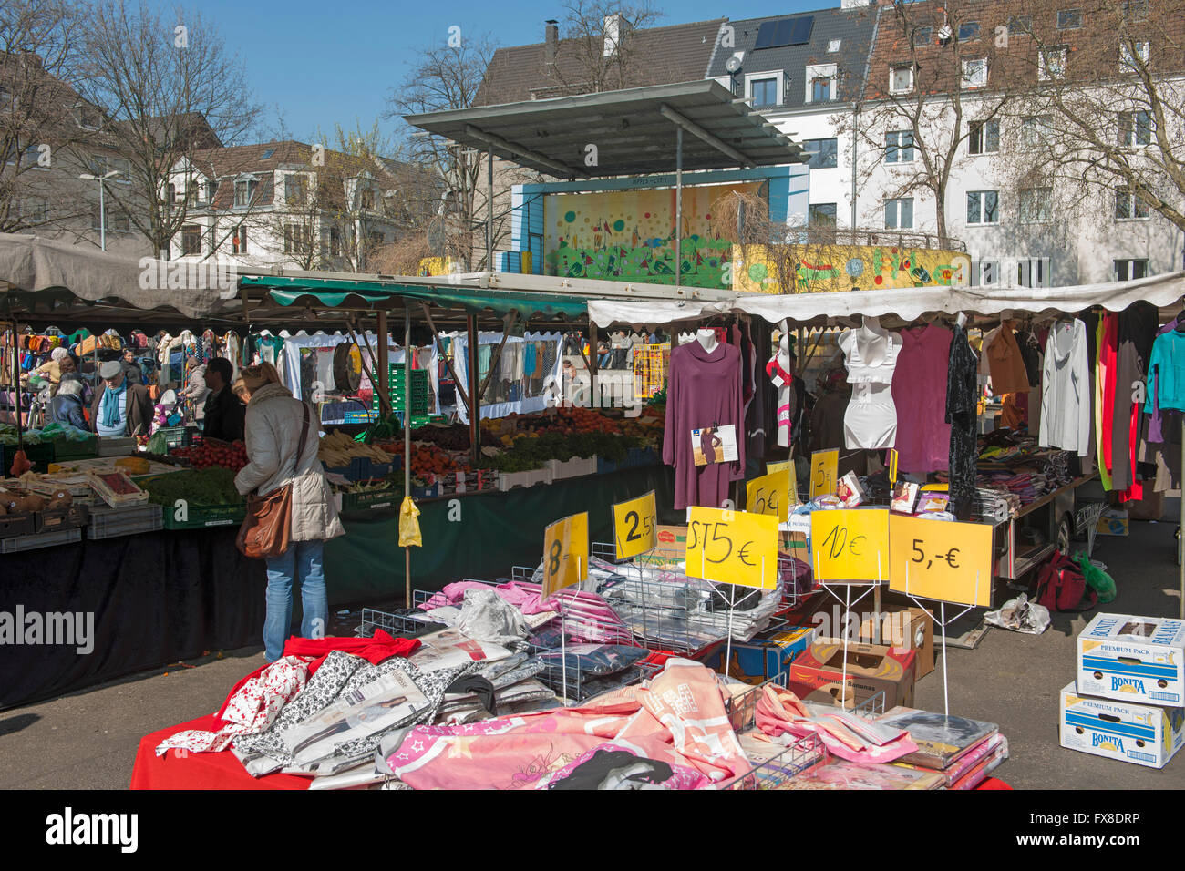 Köln, Nippes, Wilhelmplatz, täglicher Markt - Stock Image