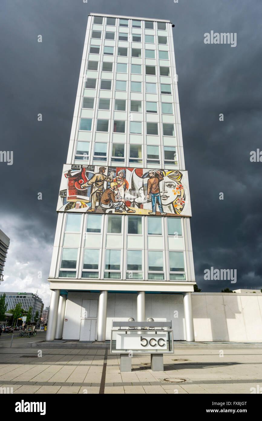 Haus des Lehrers. Architect Hermann Henselmann 1964, Berlin - Stock Image