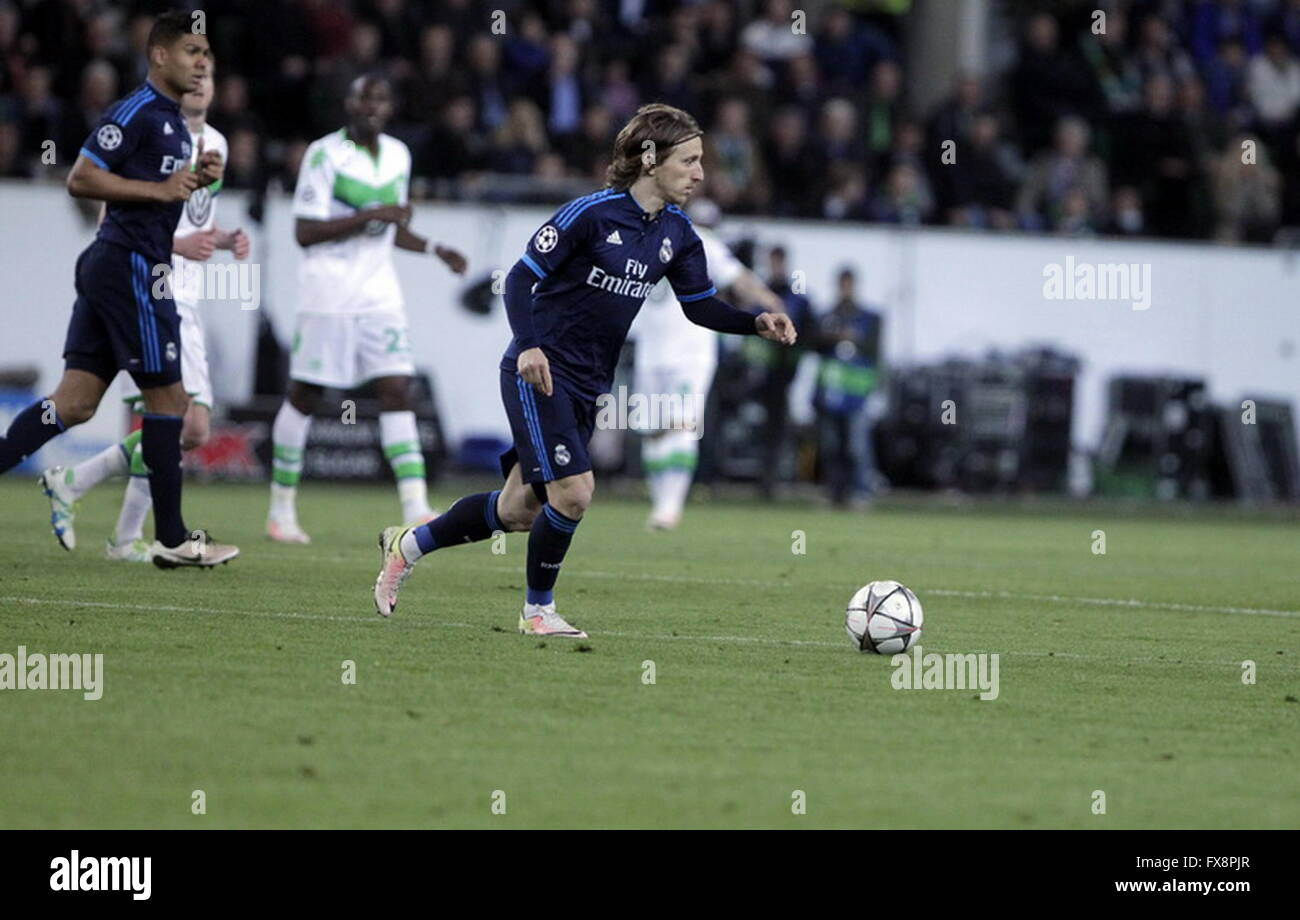 Luka Modric in action during the league champion Wolfsburg match - Real Madrid © Laurent Lairys Agence Locevaphotos - Stock Image