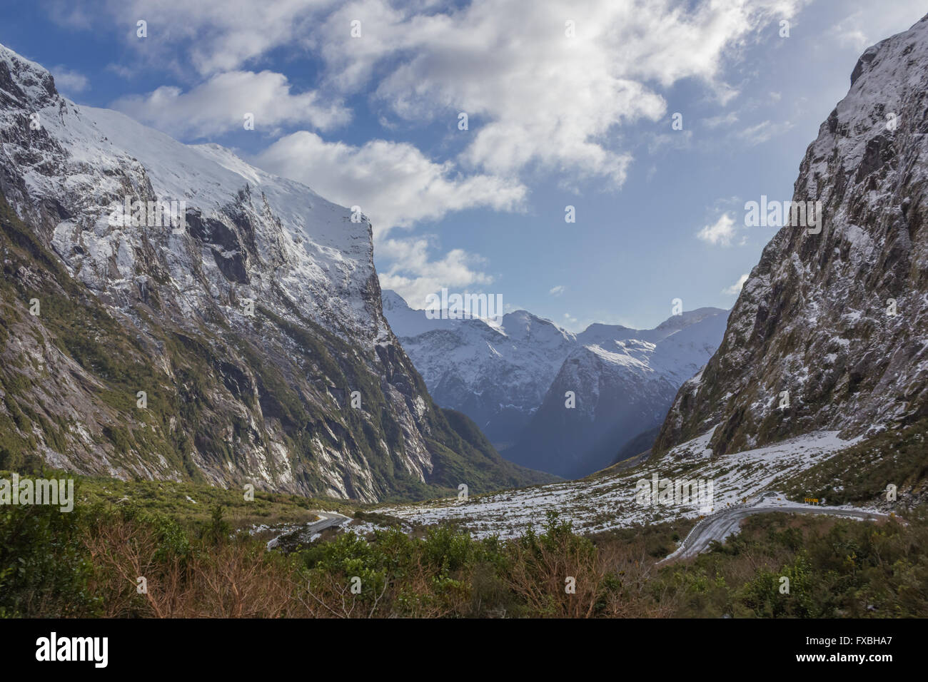 The road to and views at Milford Sound in New Zealand - Stock Image