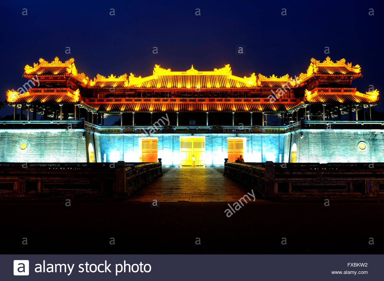 Ngọ Mon Gate to the Imperial citadel, Hue, Vietnam - Stock Image