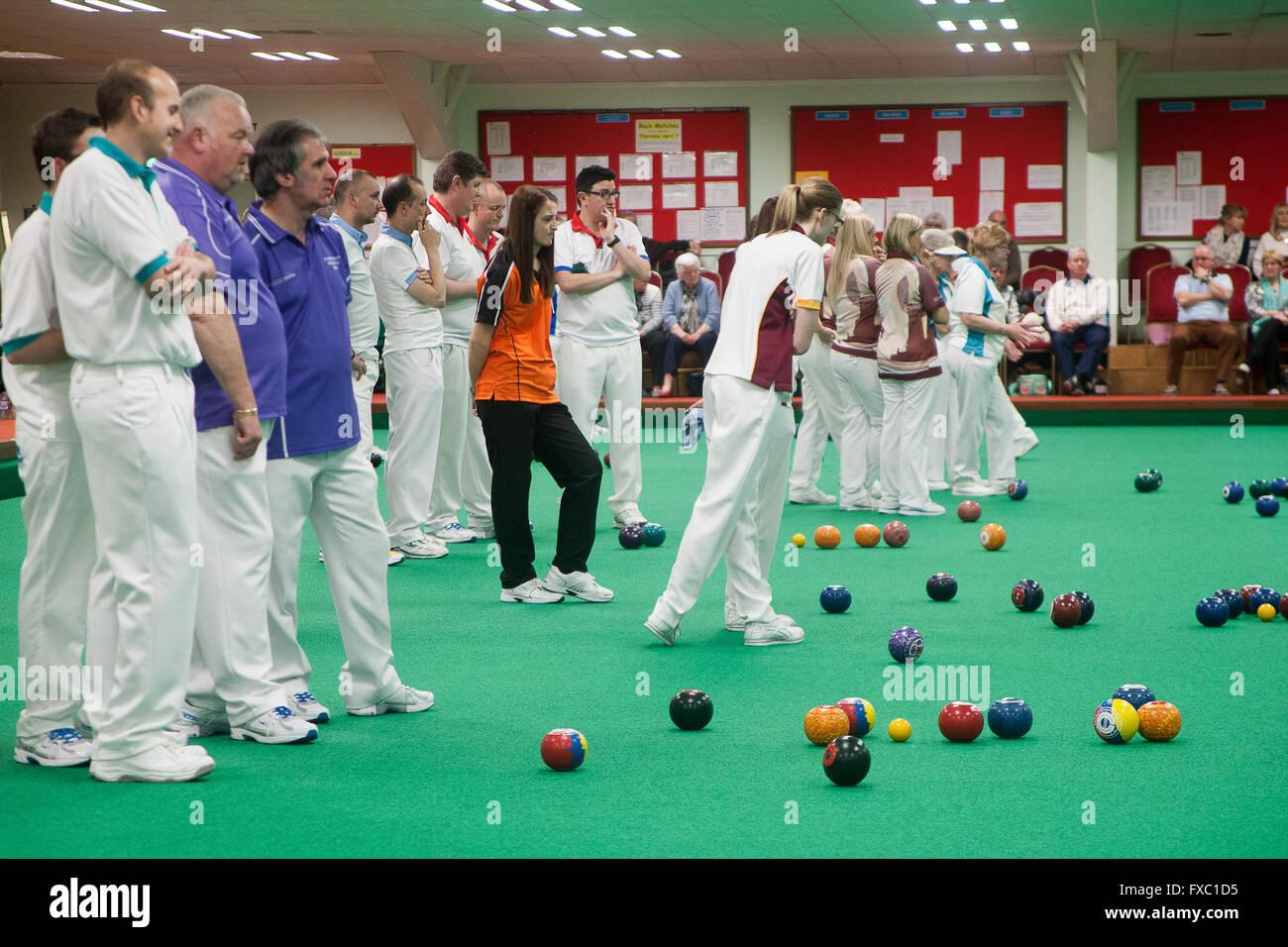 Blackburn district amateur bowling association, amateur wives on nude beach video