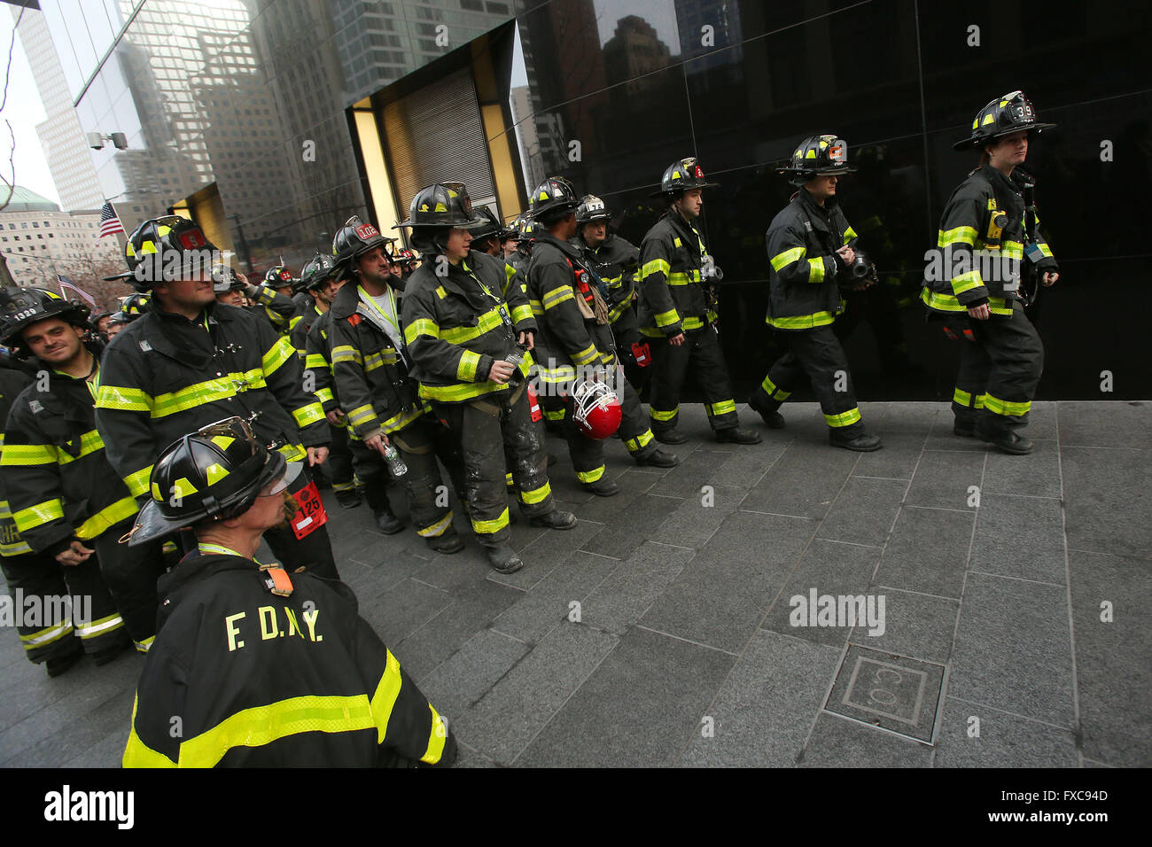 New York City, NY, USA. 13th Mar, 2016. FDNY firefighters begin their stair climb. 343 Firefighters from across - Stock Image